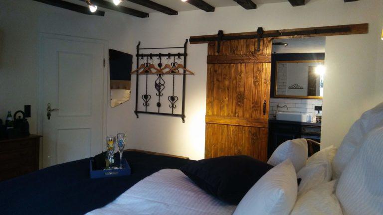 Zimmer Monschau blau